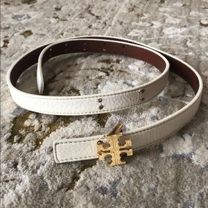White Tory Burch skinny belt